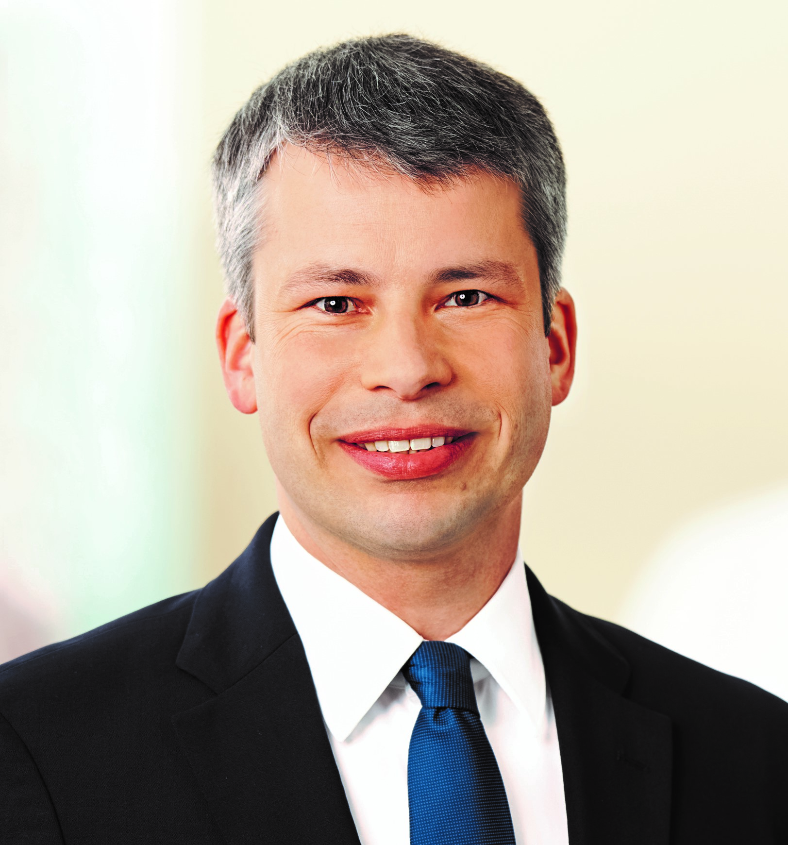 STEFFEN BILGER | PARLIAMENTARY STATE SECRETARY AT THE FEDERAL MINISTER OF TRANSPORT AND DIGITAL INFRASTRUCTURE